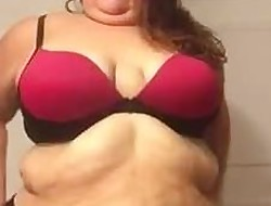 Plumper strips down and tells me what she wants