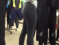 latin college caboose in yoga pants stretch pants blonde